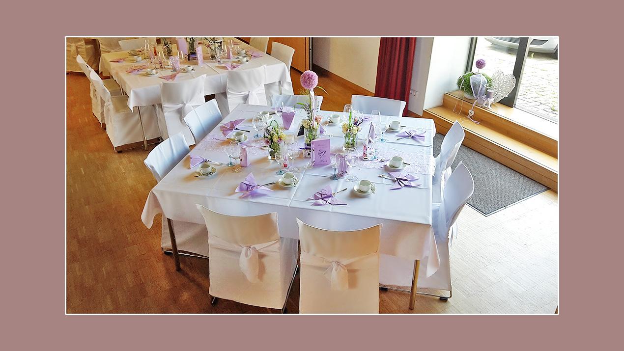 Tischdekoration Hochzeit Flieder Lila Weiß